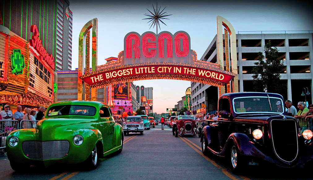 Hot August Nights Sisters On The Fly - Hot august nights car show reno nevada