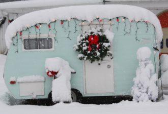 wreath trailer 2